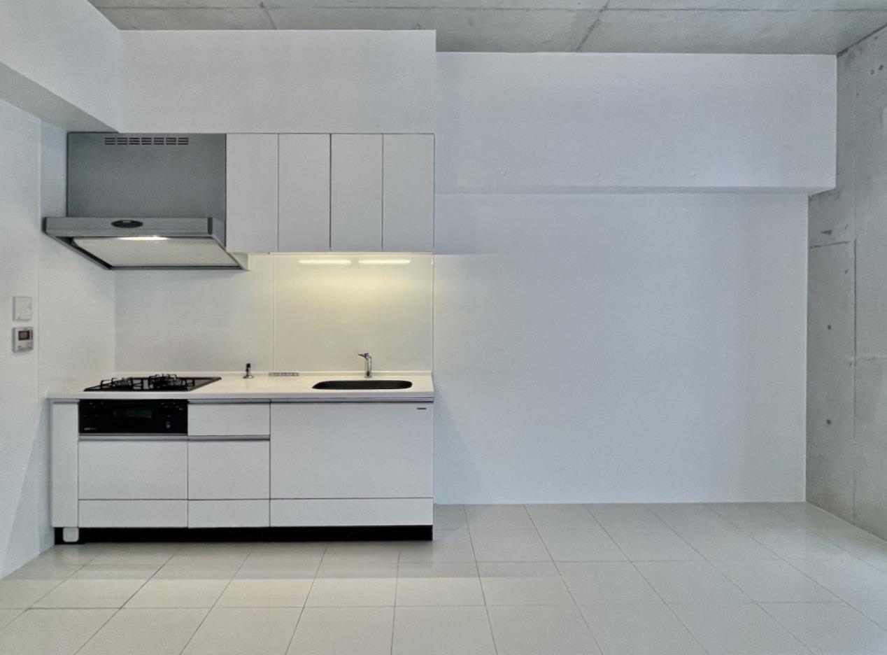 キッチンの隣のスペースは何を置くか迷います。