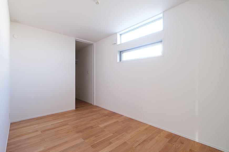 1階の完全個室。南向きで明るい。