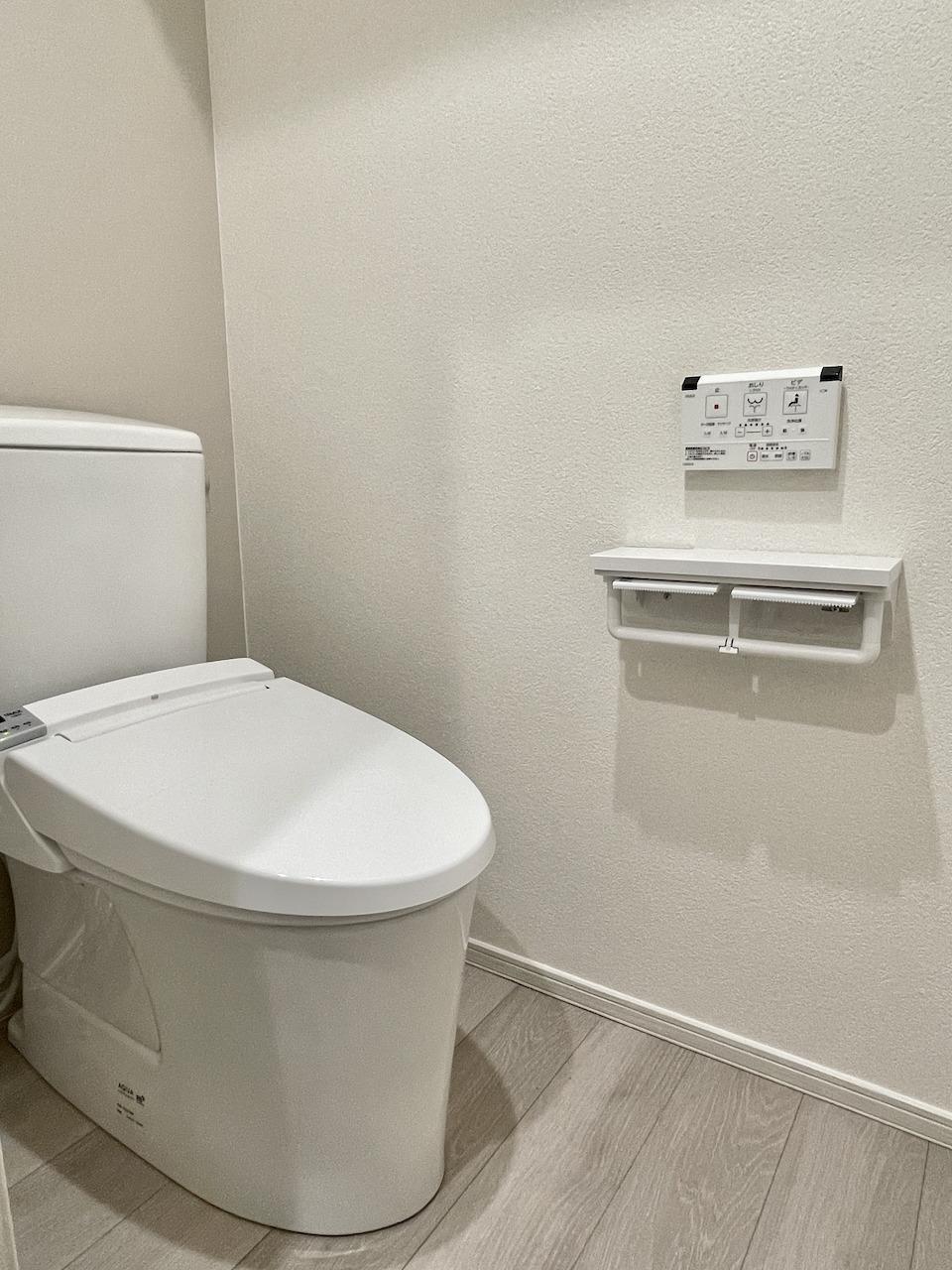 トイレ、ペーパーホルダー2個!!