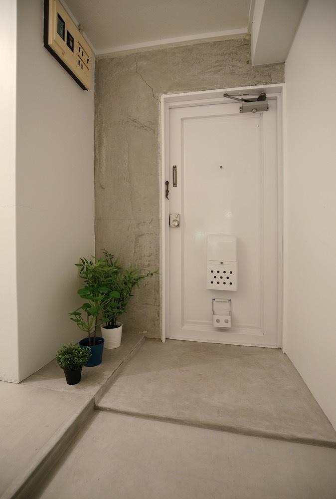 玄関も土間