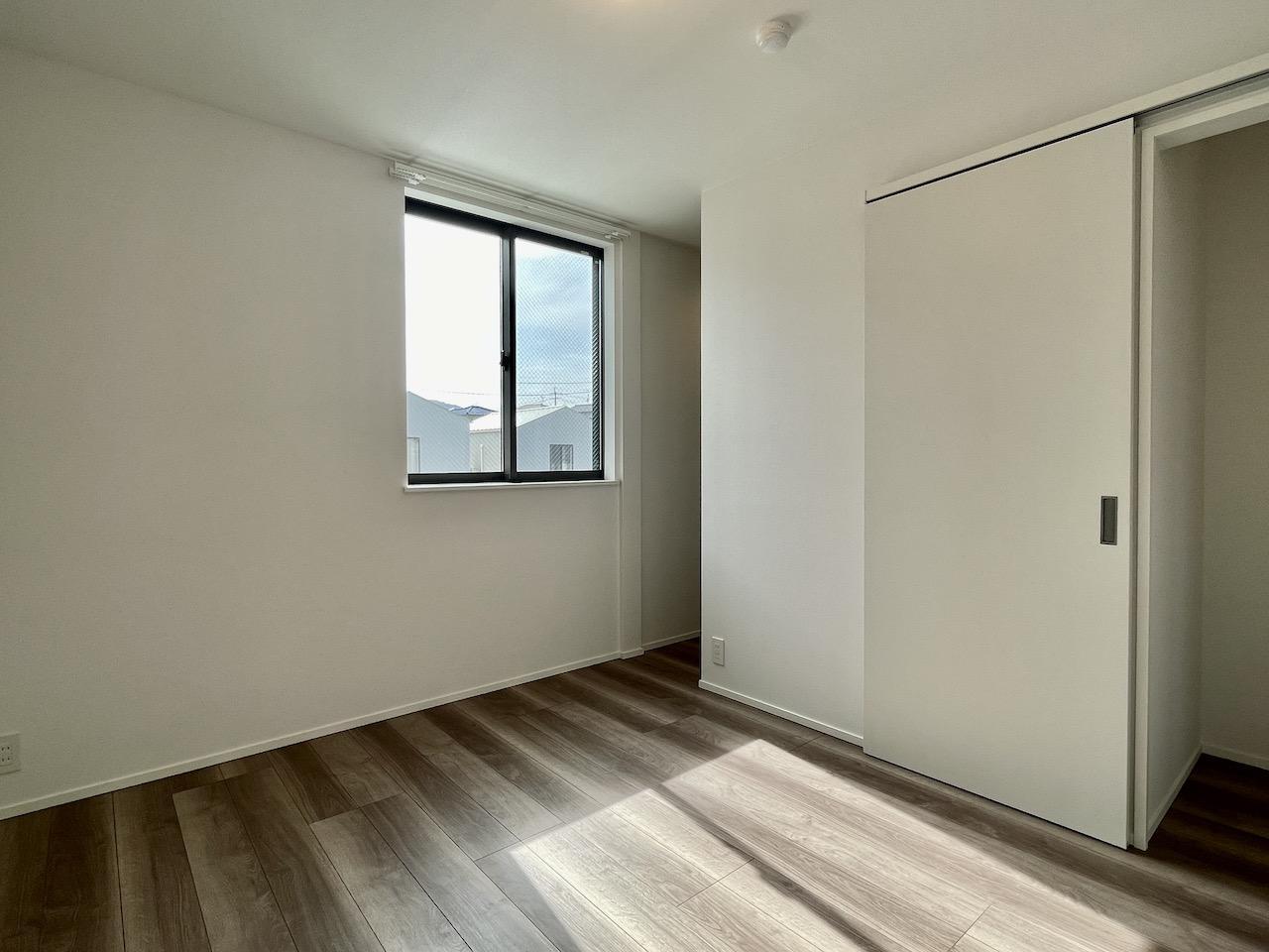 2階洋室1。