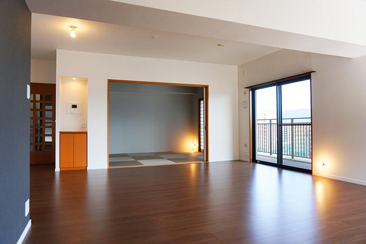 琉球畳を用いた現代的な和室。