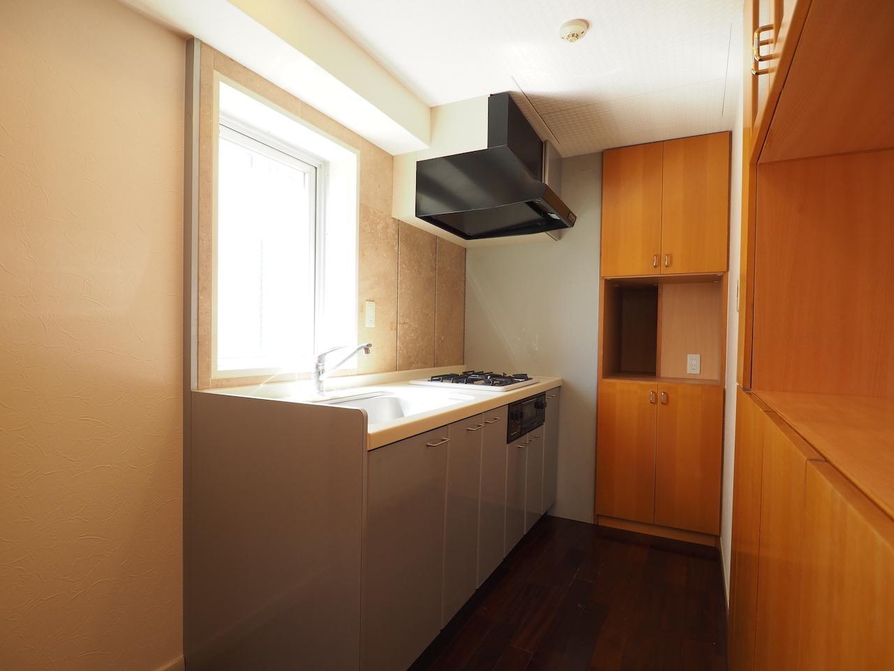 キッチンは広めの作り。