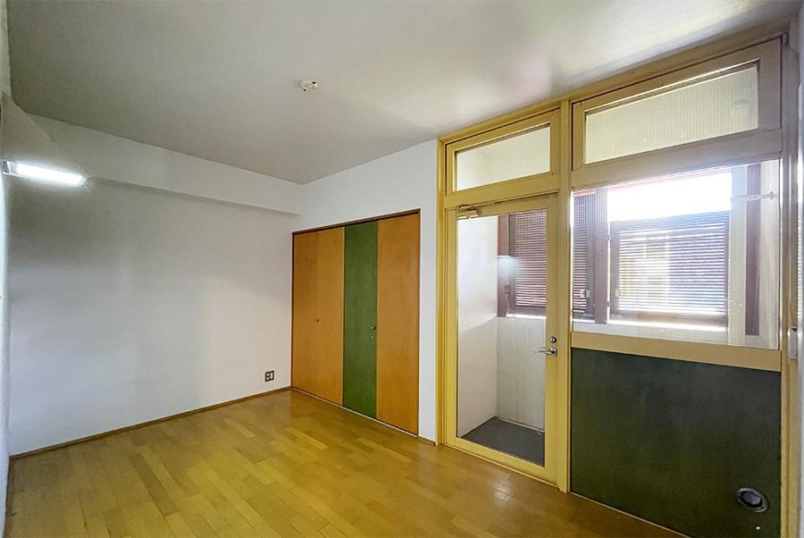 手前の個室です。こちらもデザインは共通。