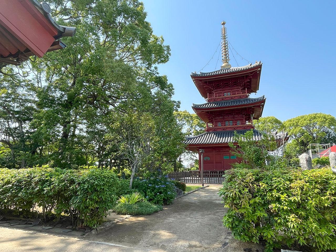 国分寺の三重塔