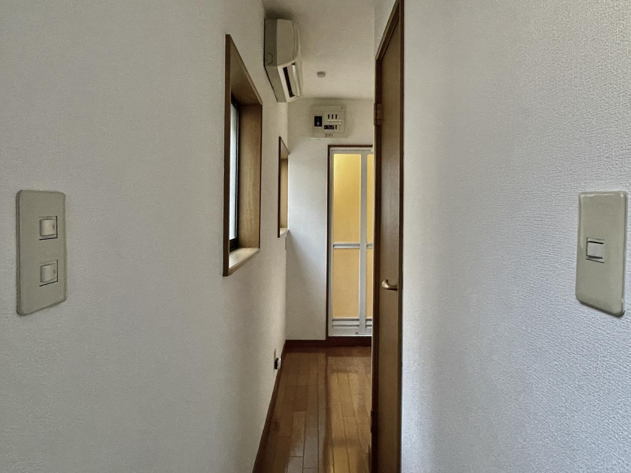 浴室とドアはトイレになります。