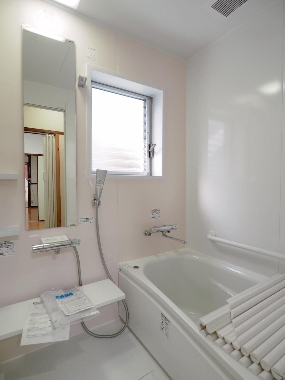 バスルームも新品。