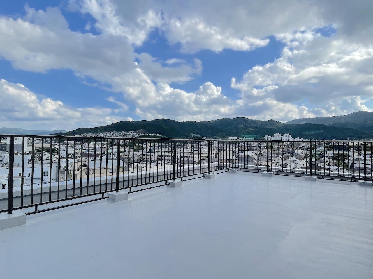 山と街の展望台バルコニー (福岡市南区桧原の物件) - 福岡R不動産