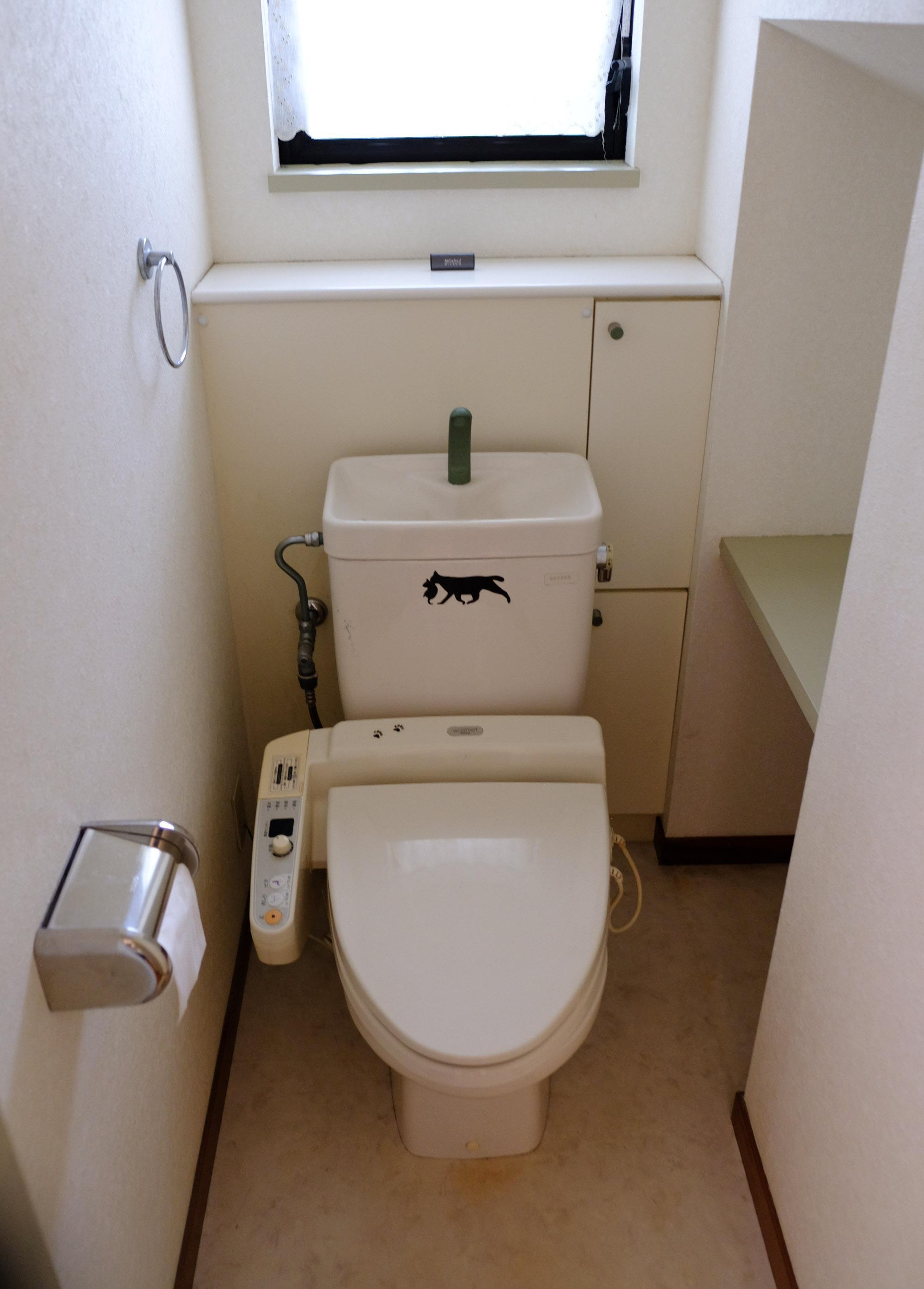 トイレは、1、2階にそれぞれあります