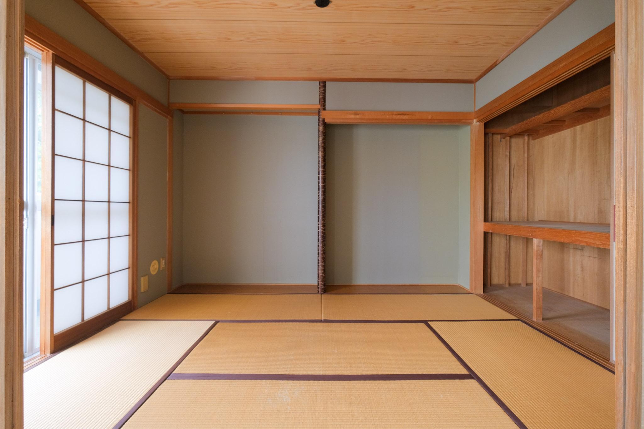 和室も南向き採光です。リビングと完全に繋げてしまってもよろし。