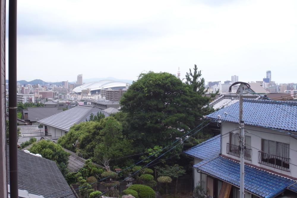 2階和室から小倉市街地方向の眺望が。