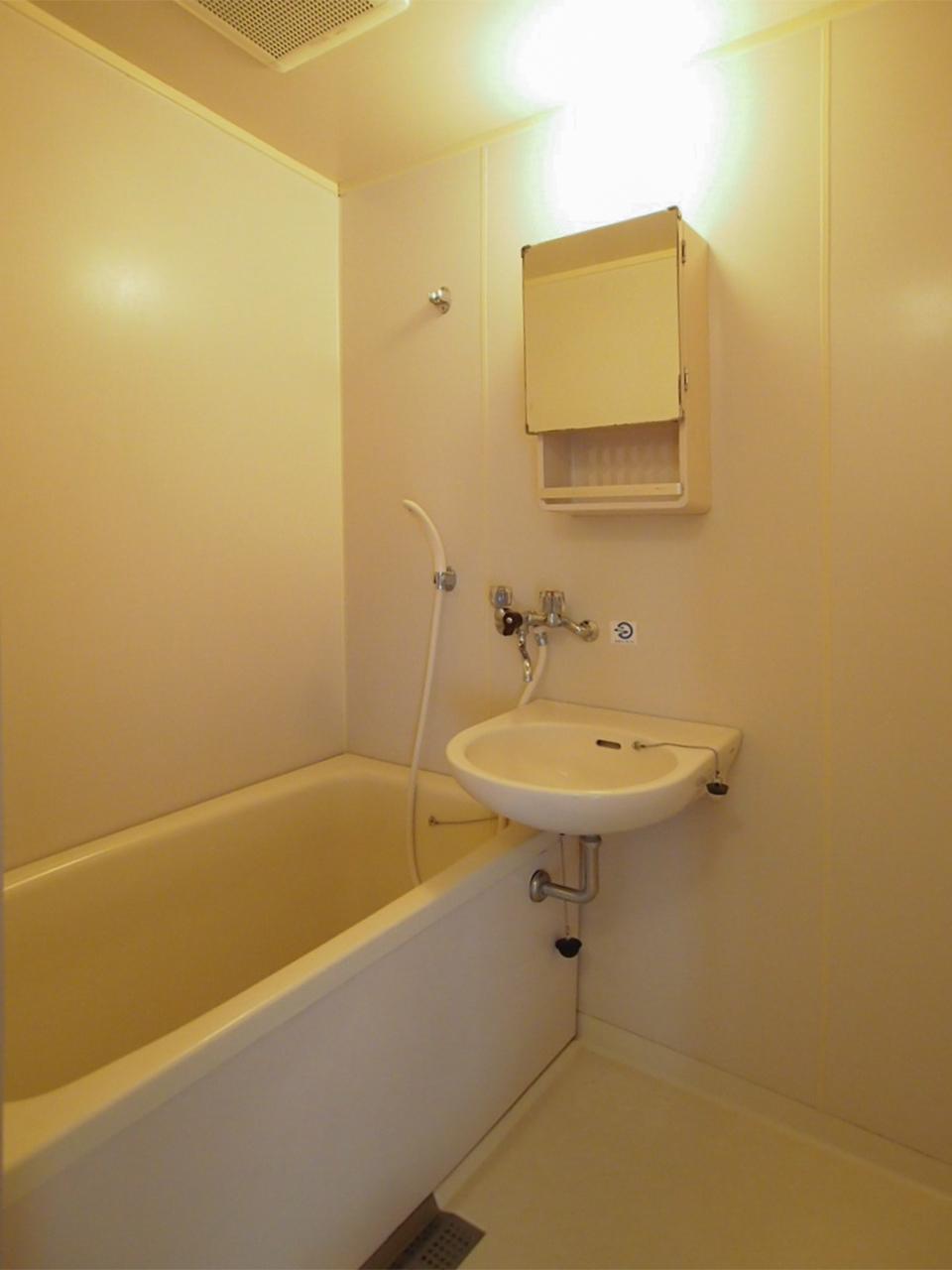 お風呂と洗面は一体型です