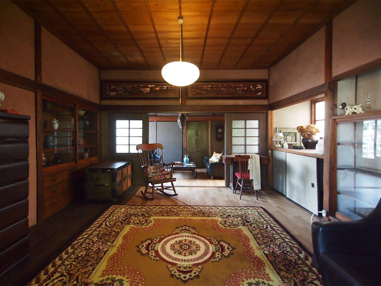 母屋2階洋室。