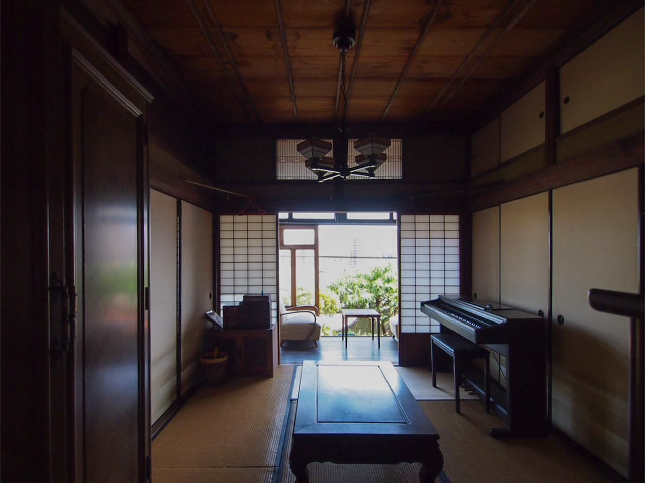 襖の向こうにはもう一部屋和室。
