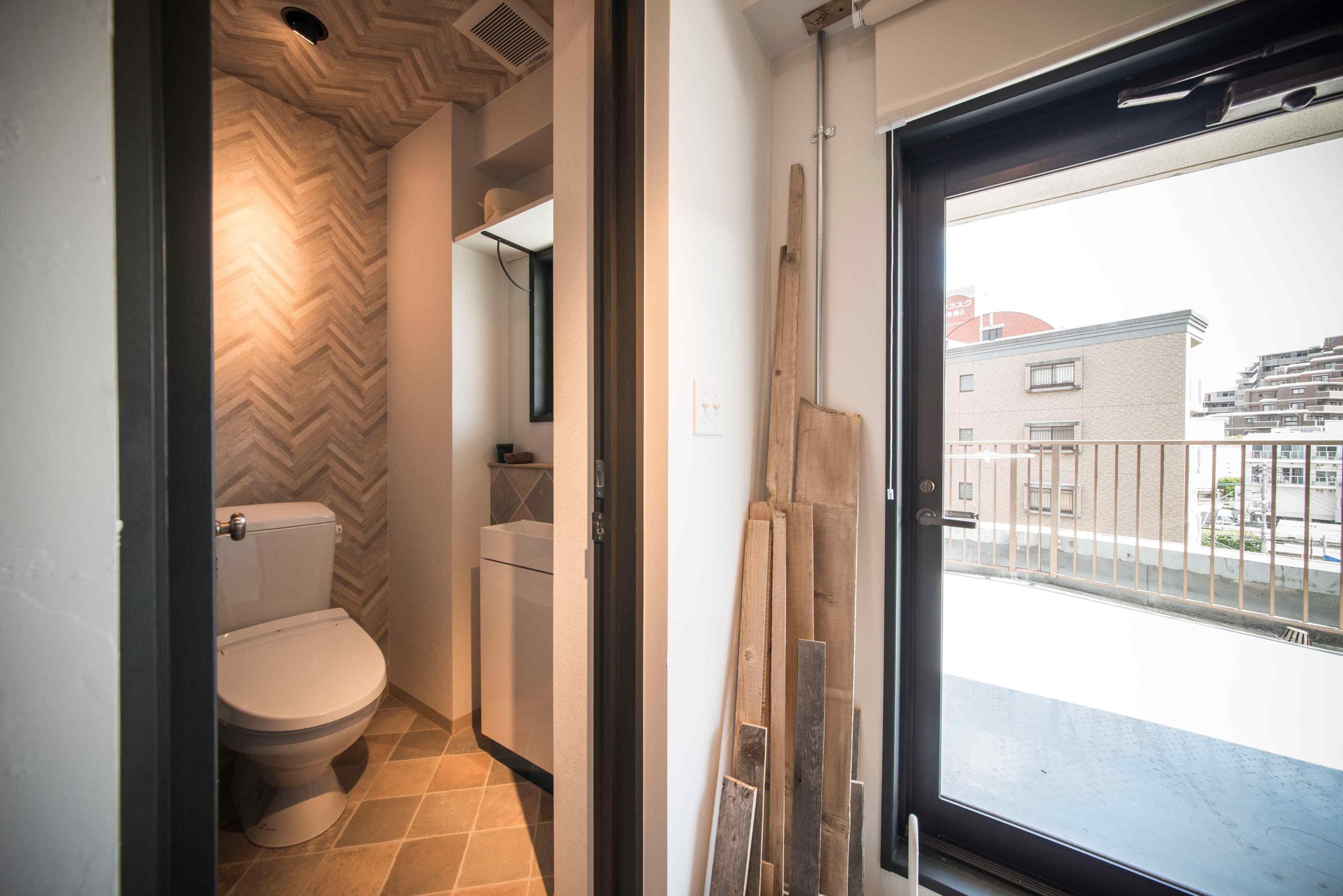 WC。室内は設備含め配管まで全部やりかえてます。