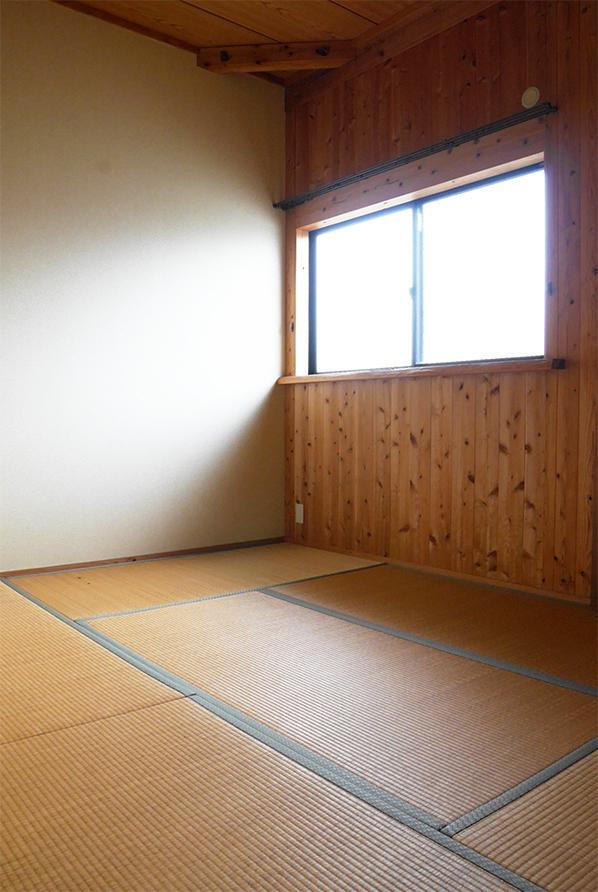 寝室は、木×畳。心地良い眠りをどうぞ。