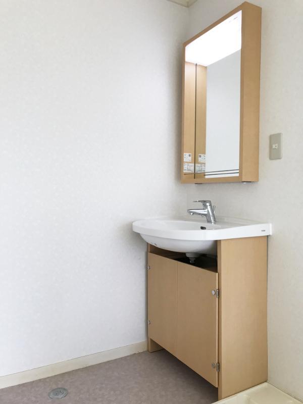 シンプルだけどなんか可愛らしい洗面台