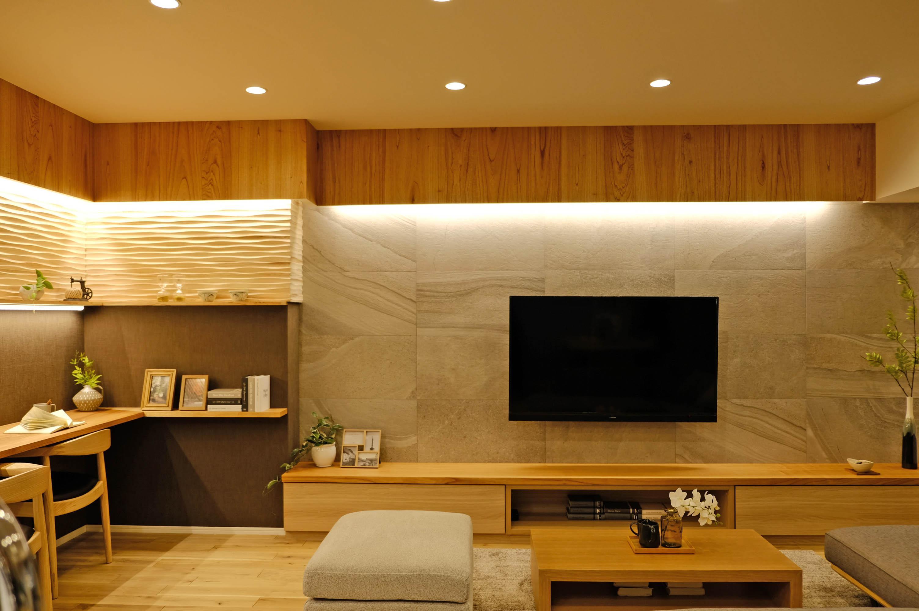 モデルルームでは木の素材を取り入れたイメージが湧いてきます。