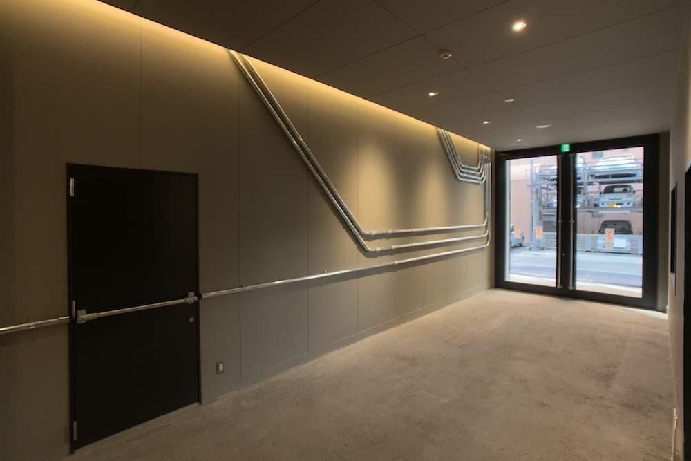 リノベーションで新設されたエントランスホール。