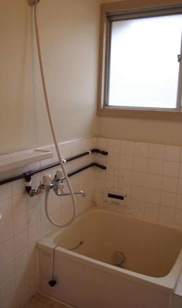 窓付のお風呂。