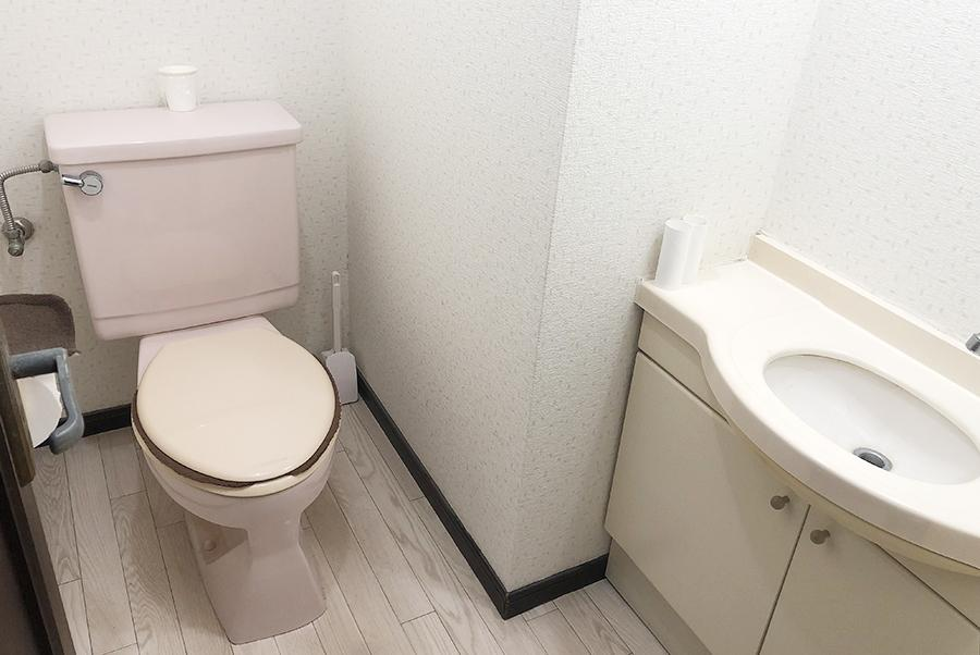 トイレは、1階と2階の複数設置済みです。