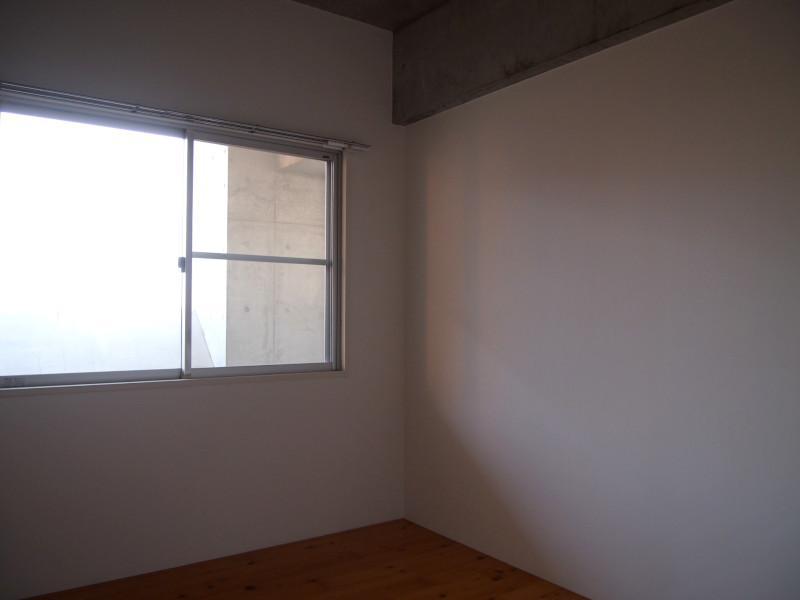 洋室2も部屋ついてます。