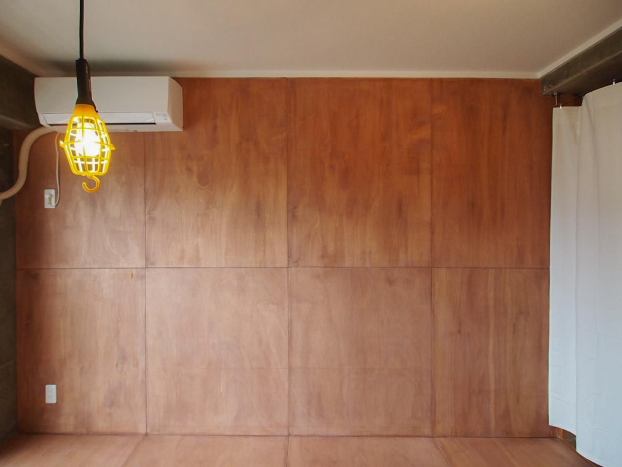 ラワンの壁は塗装仕上げ