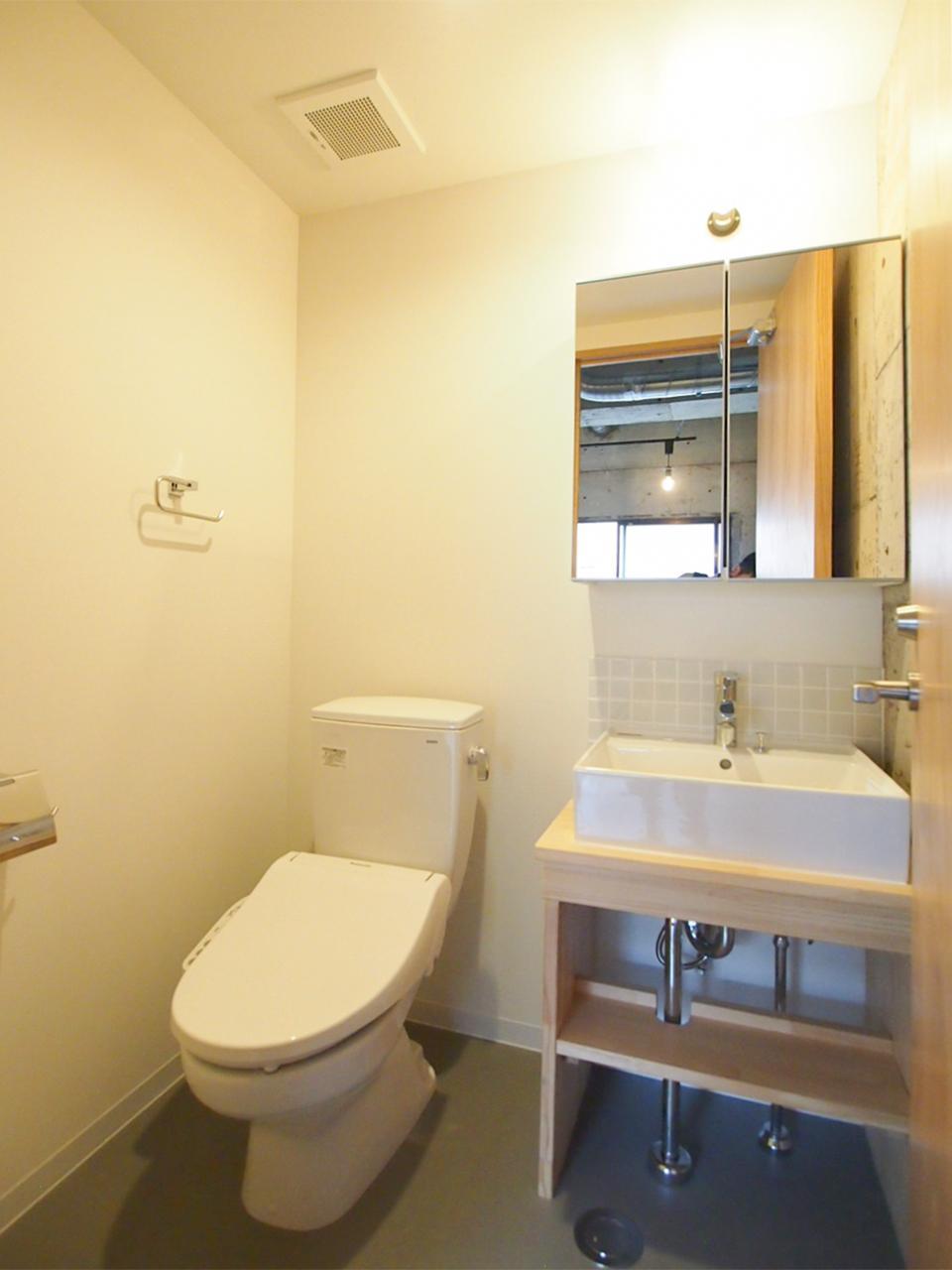 7階共用トイレ