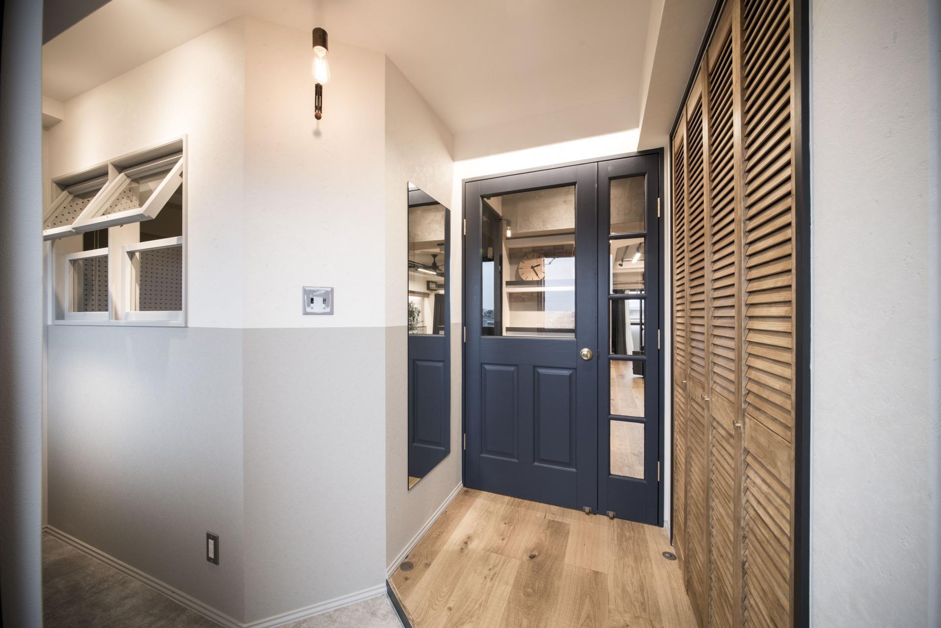 玄関入ってこの仕様はテンション上がります。