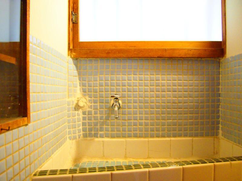 2階の洗面台。何気ないしつらえもステキです。