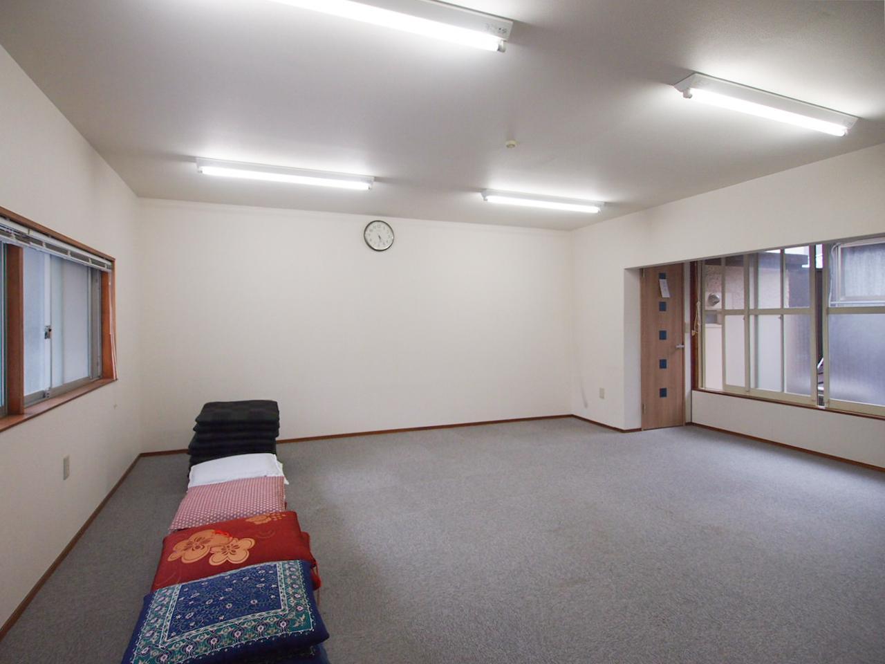 2階の一部は事務所仕様に改装されています