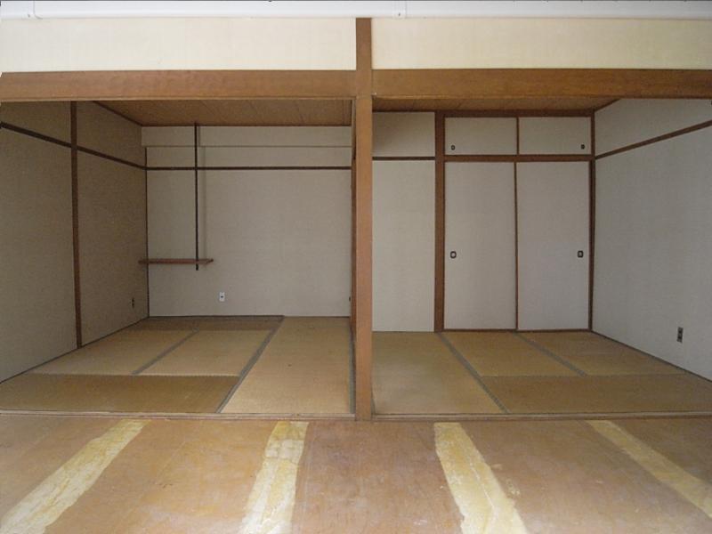 2部屋続きの和室は元のまま