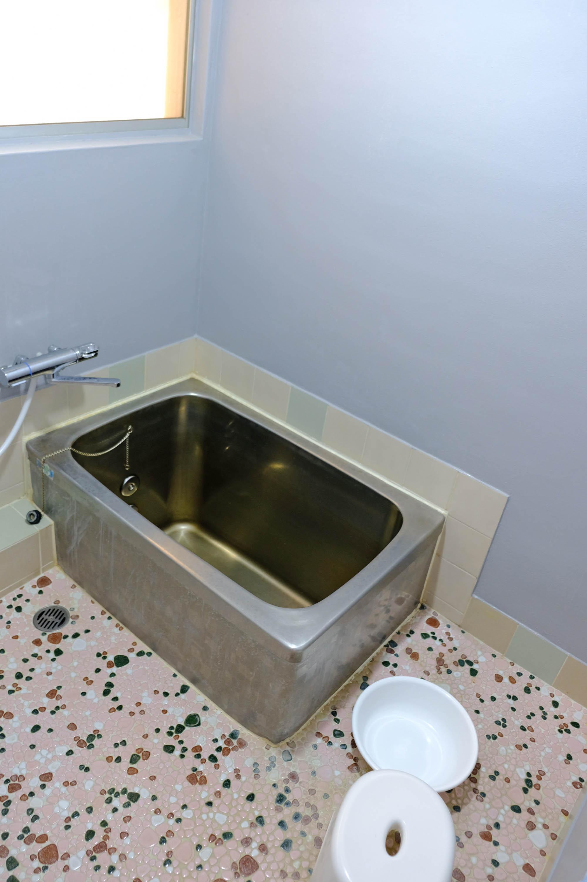 浴室はレトロスタイル