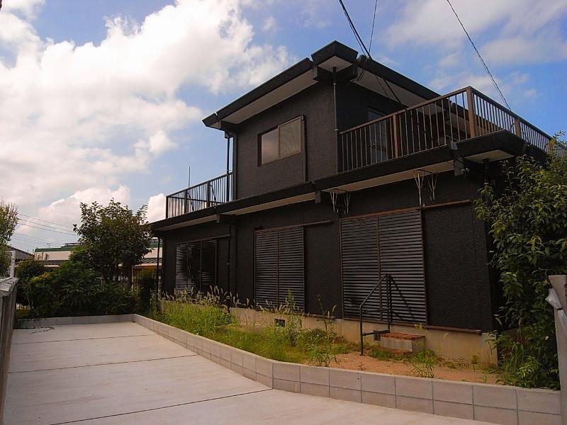 漆黒のコンクリート住宅 (福岡市城南区樋井川の物件) - 福岡R不動産