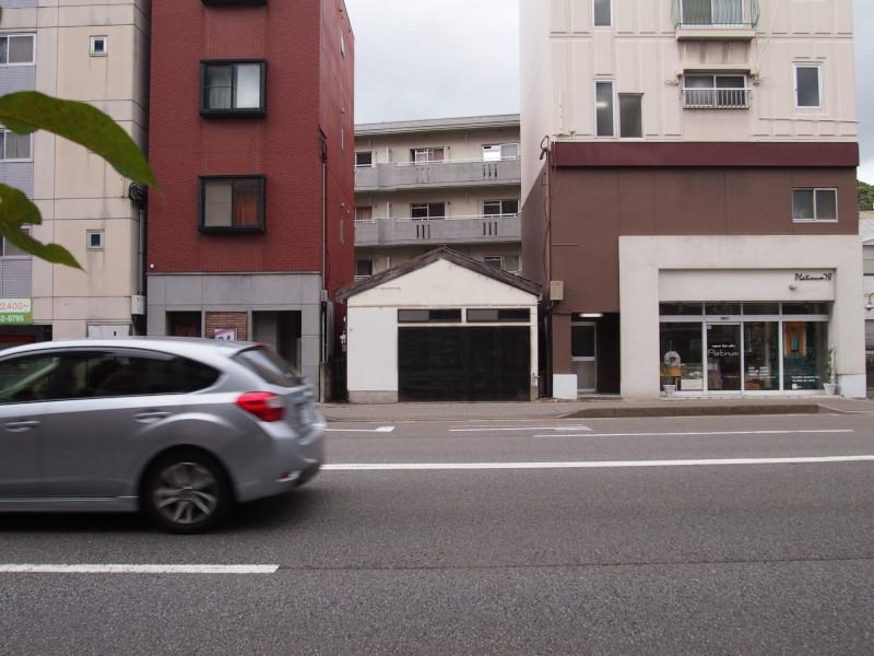 大通り沿いのミステリー (福岡市南区野間の物件) - 福岡R不動産