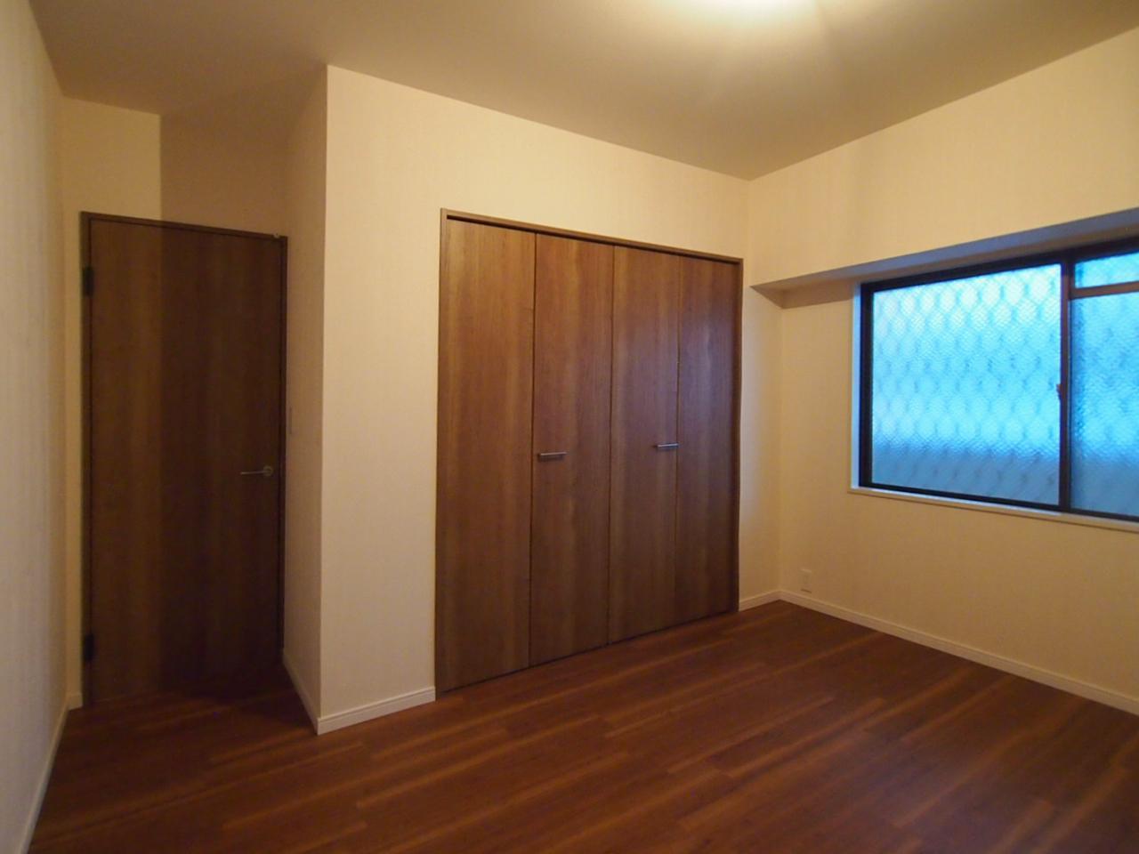 洋室2も収納有り