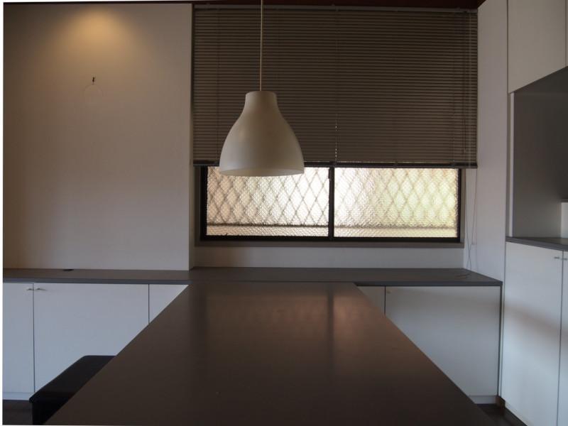 ところどころに設けられた明り取りの窓も嬉しいですね。
