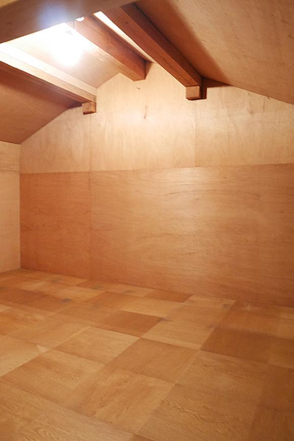 2Fには屋根裏収納。この家、完璧か?