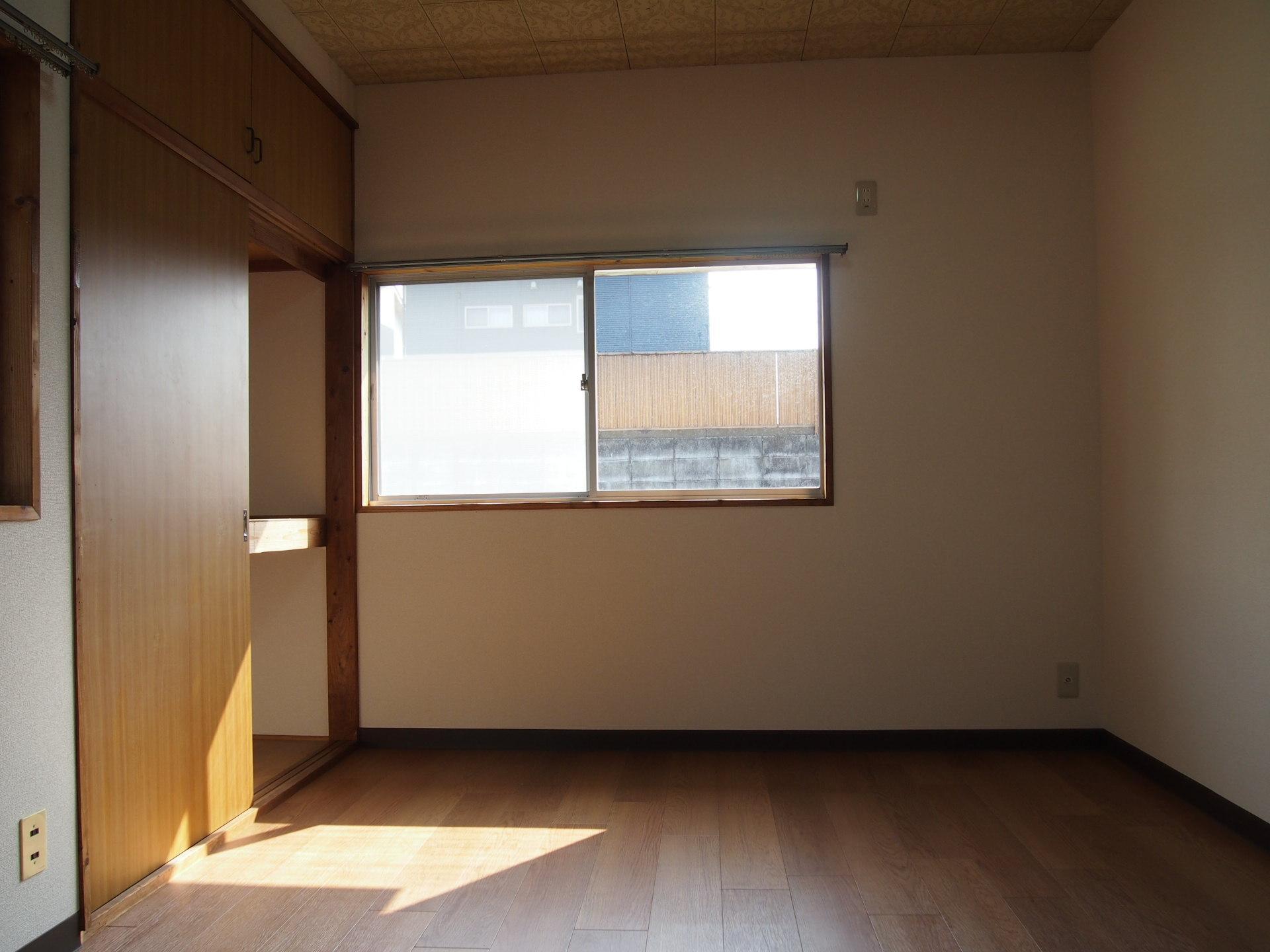 どのお部屋も程よい陽光が入ってました。