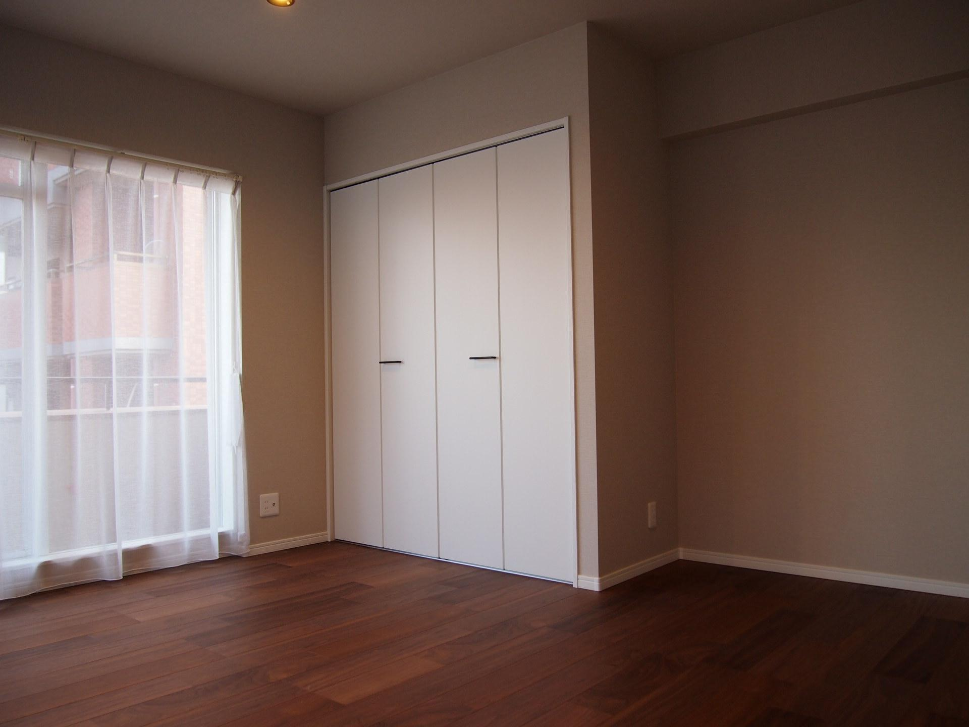 各居室収納つき。