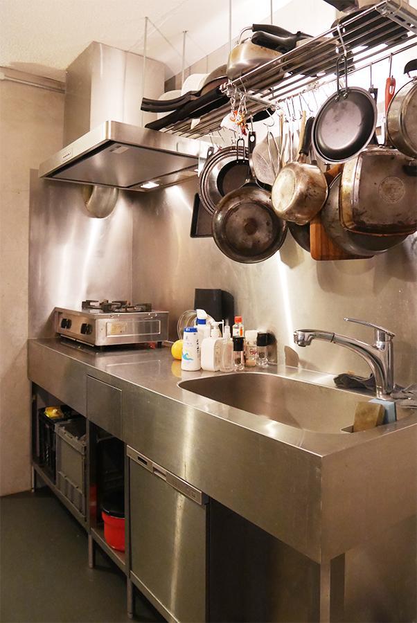 キッチン。室内との親和性がすごい。