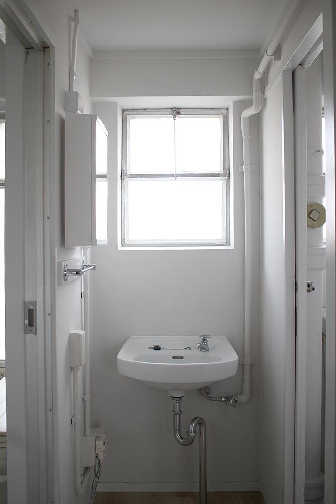 この美しい洗面所。しびれます。