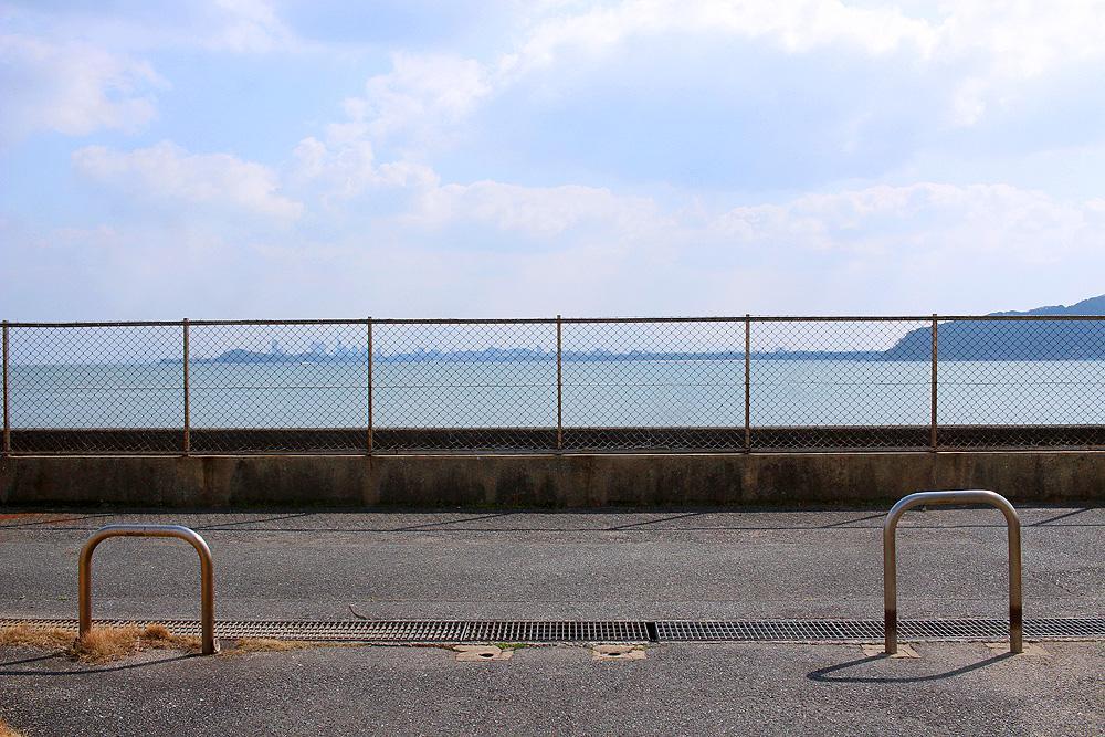敷地から海。福岡タワーも見えました。