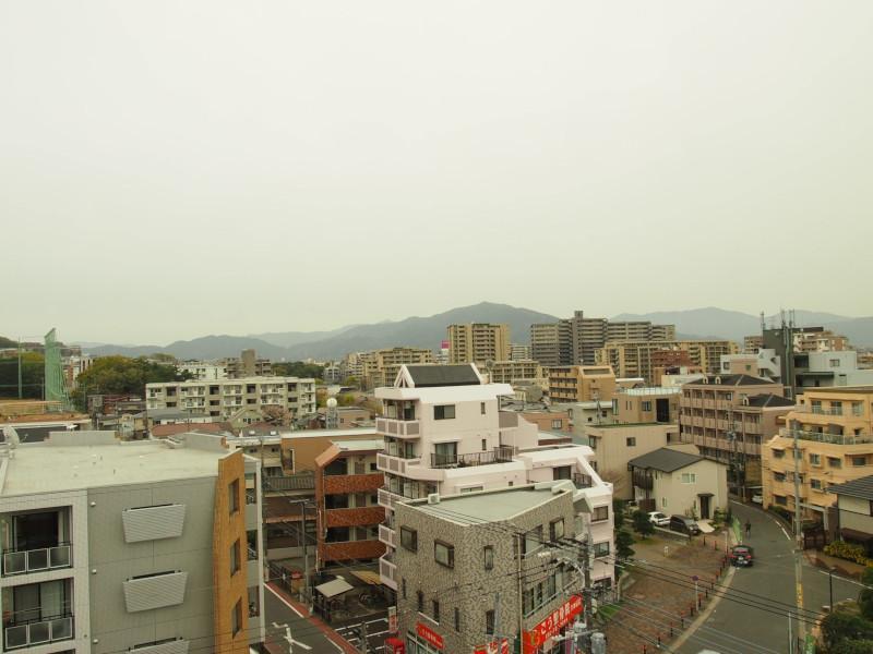 こんな天気でも油山がはっきり見渡せる視界の良さ。