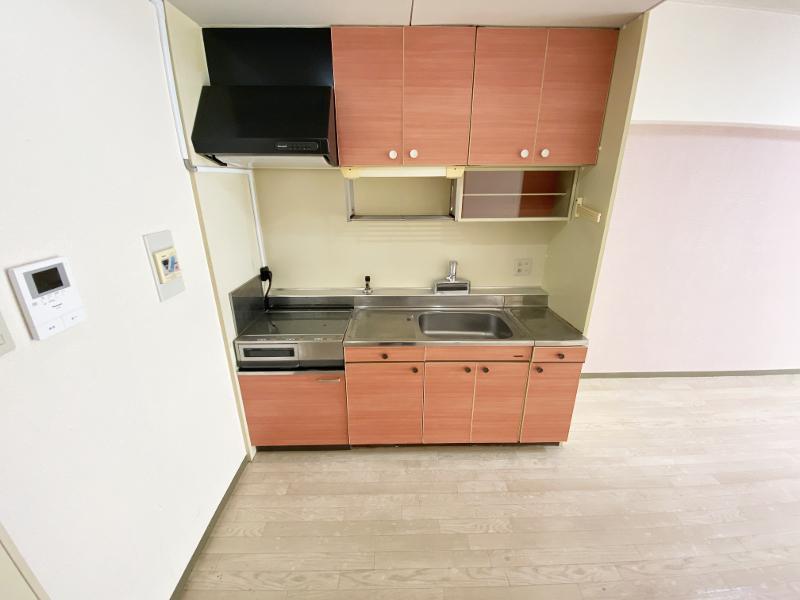 キッチンは可愛らしい雰囲気
