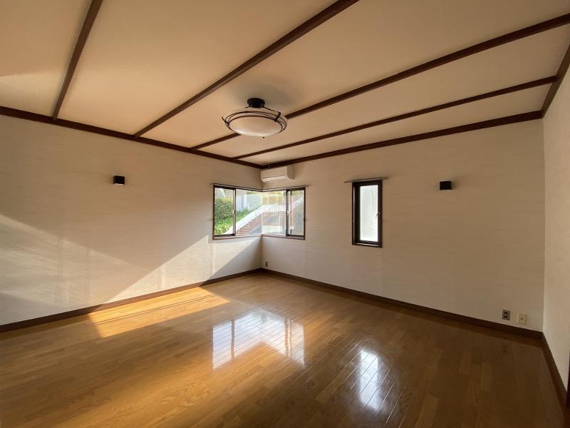 15帖の正方形の洋室をどう活かすか