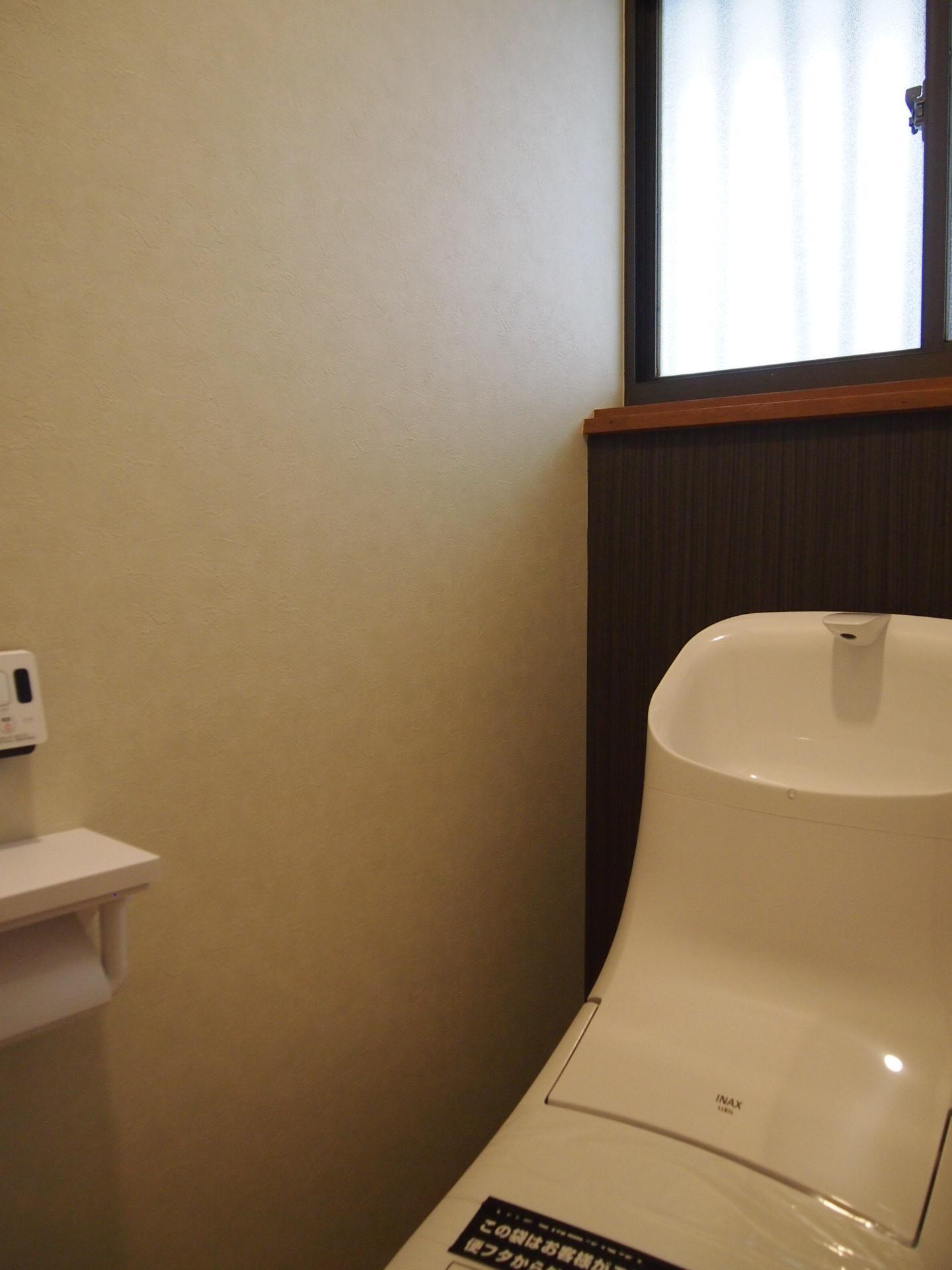 トイレも新品です。
