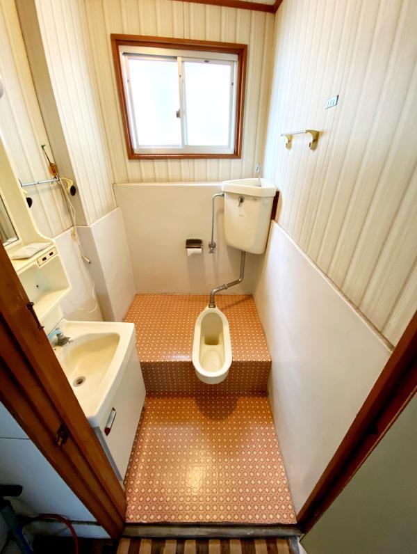 2Fアトリエのトイレは和式