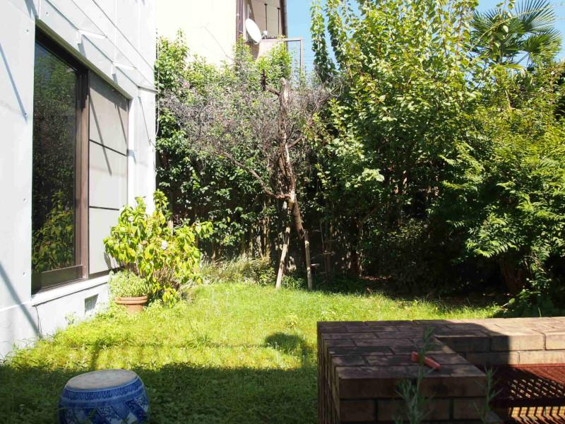南側のお庭にはBBQブース跡が。