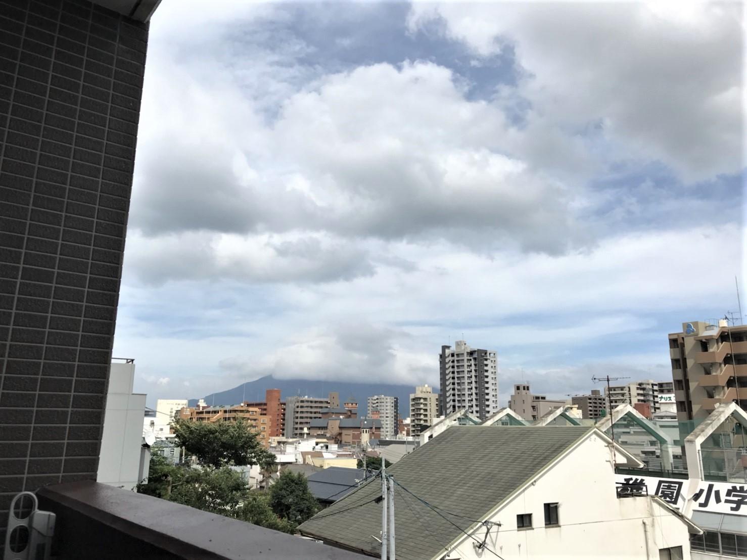 バルコニーから見える桜島